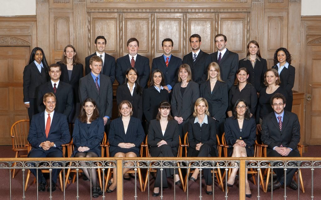 2007-2008 Bulletin Group Picture in Court room