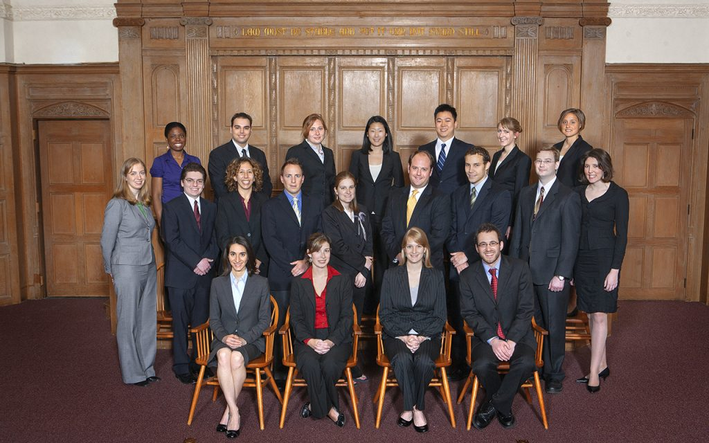 2008-2009 Bulletin Group Picture in Court room