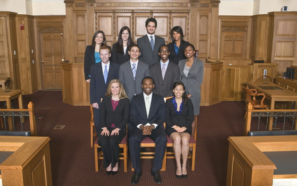 2009-2010 Bulletin Group Picture in Court room