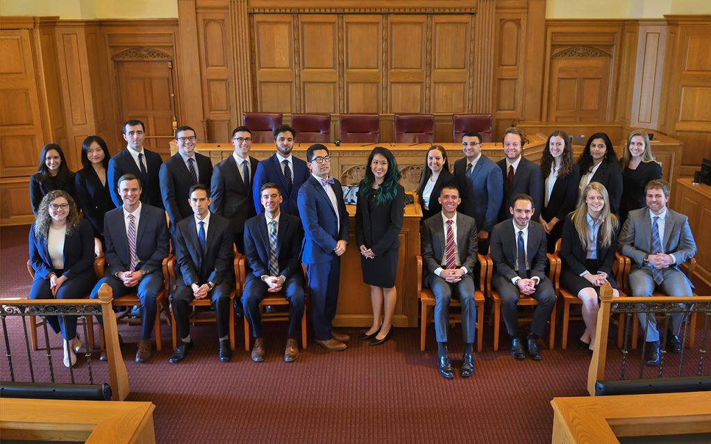 2018-2019 Bulletin Group Picture in Court room