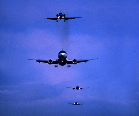 planeslanding.jpg